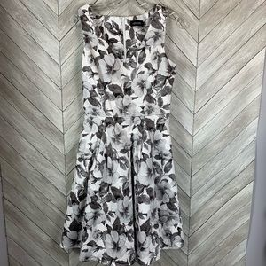 ModCloth Liza luxe floral dress. Small